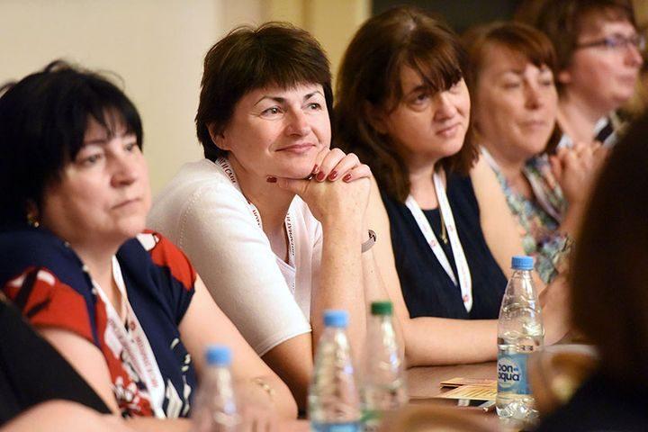 belorusskie-notariusy-obsudili03