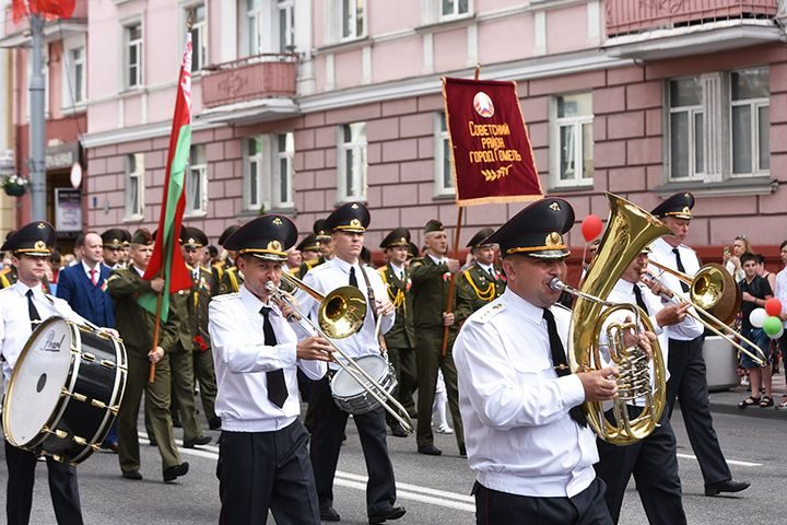 belarus-pomnit-prazdnichnoe-shestvie15