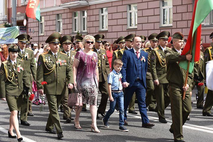belarus-pomnit-prazdnichnoe-shestvie16