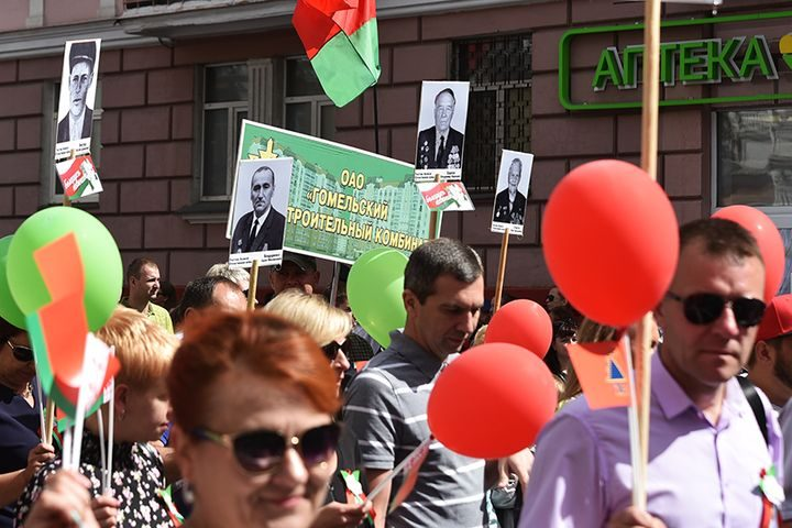 belarus-pomnit-prazdnichnoe-shestvie19