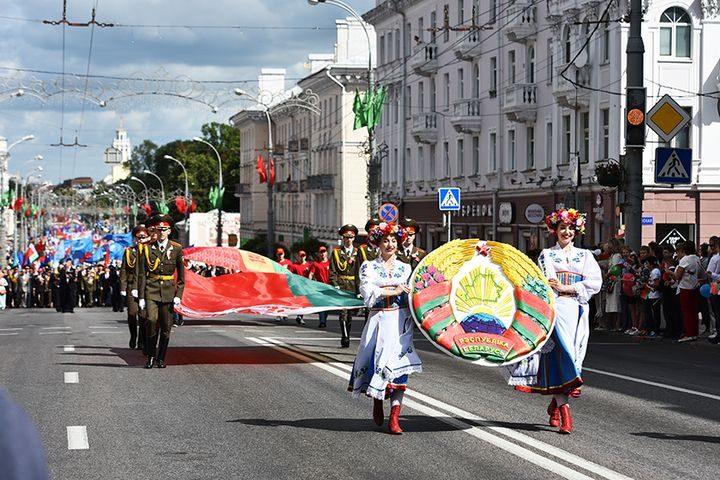 belarus-pomnit-prazdnichnoe-shestvie2