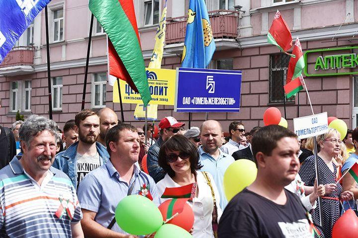 belarus-pomnit-prazdnichnoe-shestvie20
