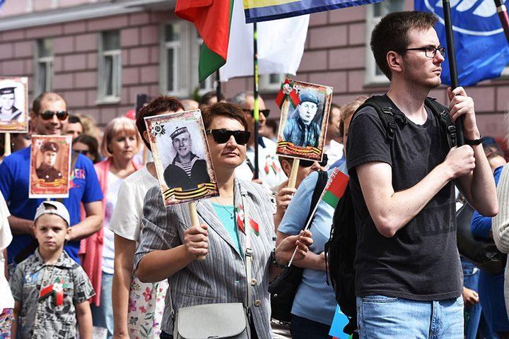 belarus-pomnit-prazdnichnoe-shestvie25