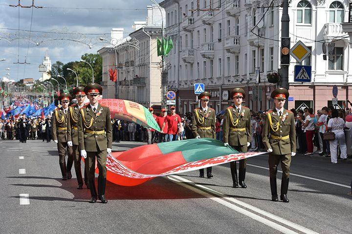 belarus-pomnit-prazdnichnoe-shestvie3