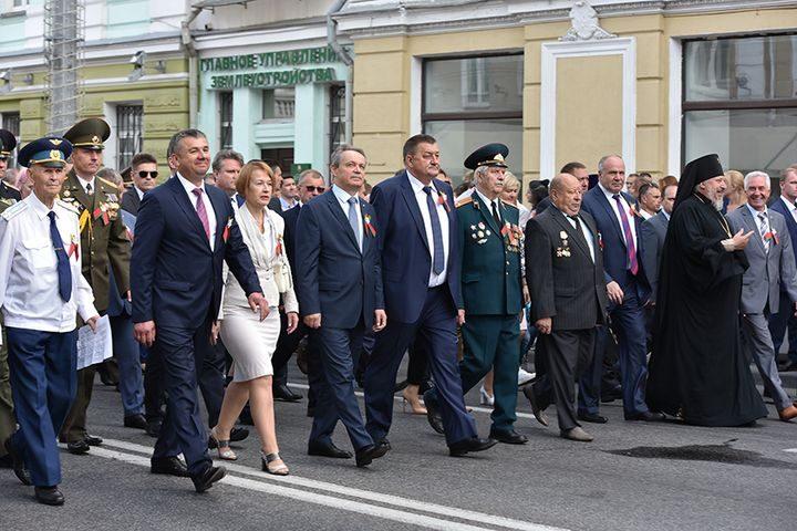 belarus-pomnit-prazdnichnoe-shestvie6