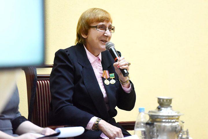 ivanka-nasha-byvshaya-kollega-anna-atroshhenko-prezentovala-novyj-sbornik-prozy3