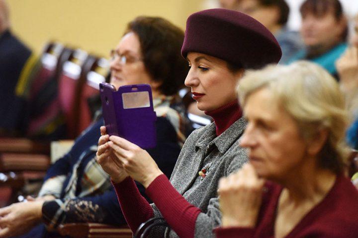 ivanka-nasha-byvshaya-kollega-anna-atroshhenko-prezentovala-novyj-sbornik-prozy4
