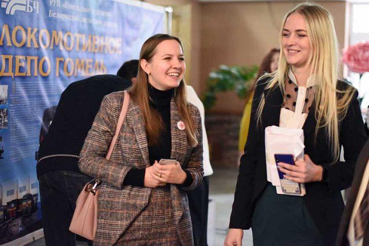 v-sovetskom-rajone-molodye-specialisty-priznalis-v-lyubvi-k-svoim-professiyam1