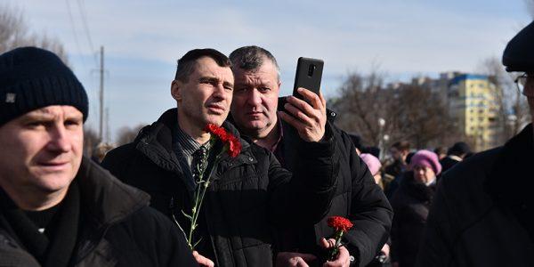 fotofakt-miting-pamyati-voinov-internacionalistov-v-gomele19